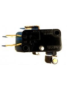 Contact 230 volts pour...